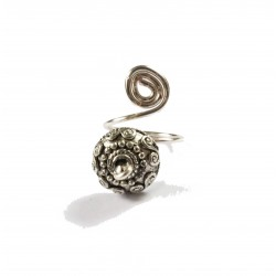 Swirly ethnic finger, pinky or toe ring
